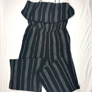 A new day jumpsuit XL black and white spaghetti